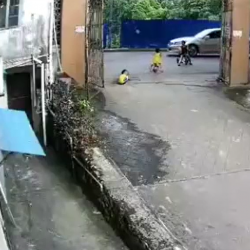SMH: Little Kid Gets Crushed By Car!
